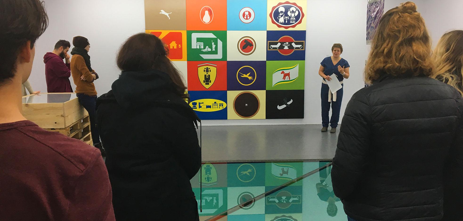 UXD1 bekommt Führung im Museum für Konkrete Kunst